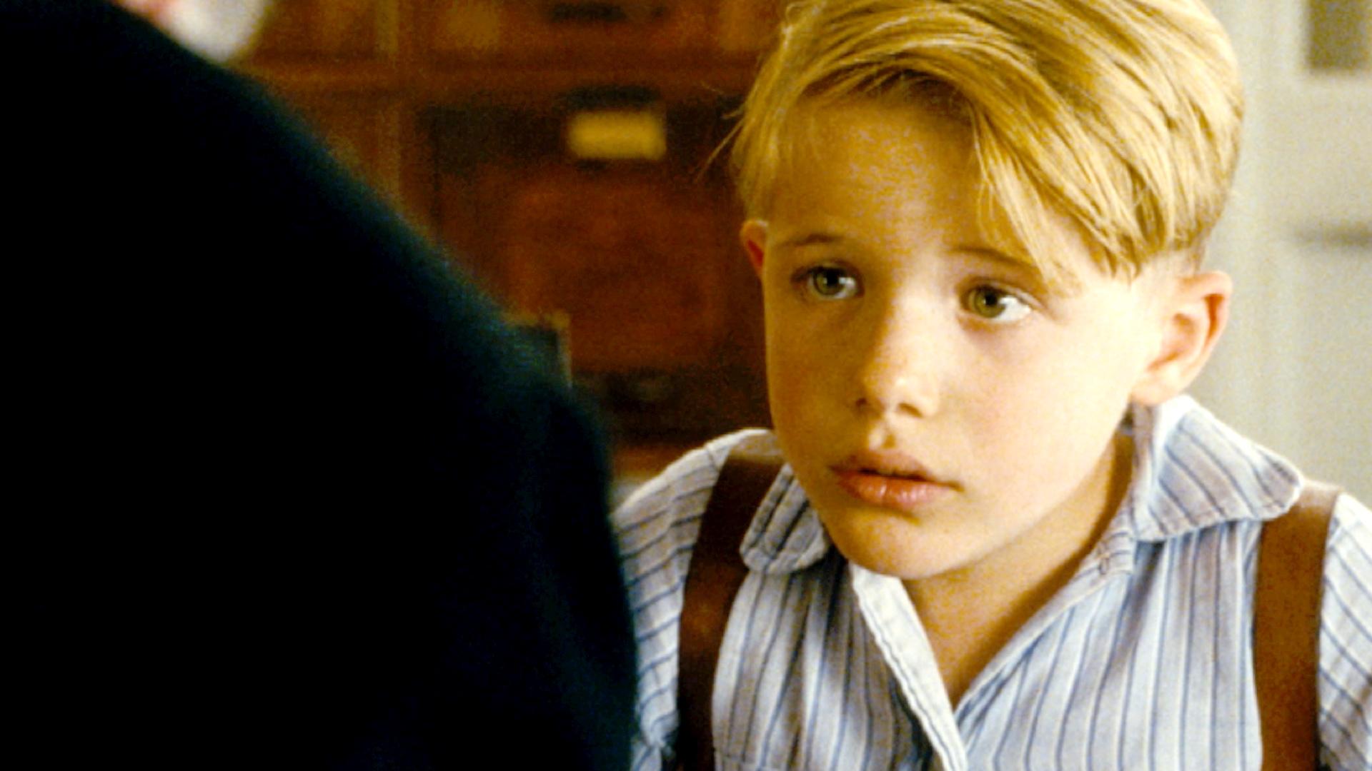 little boy moms movie minute little boy fandango
